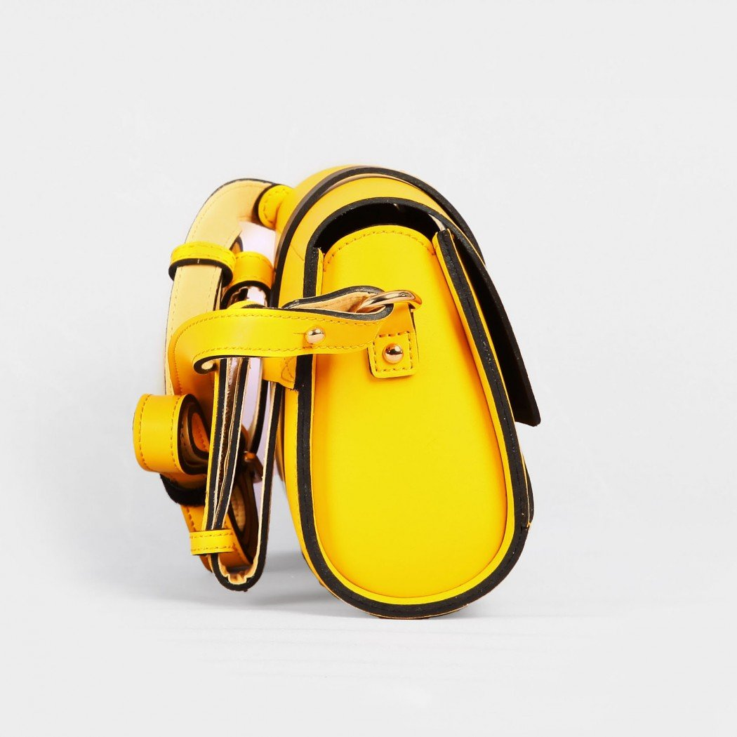 HARPY Lemon Yellow4-1050×1050