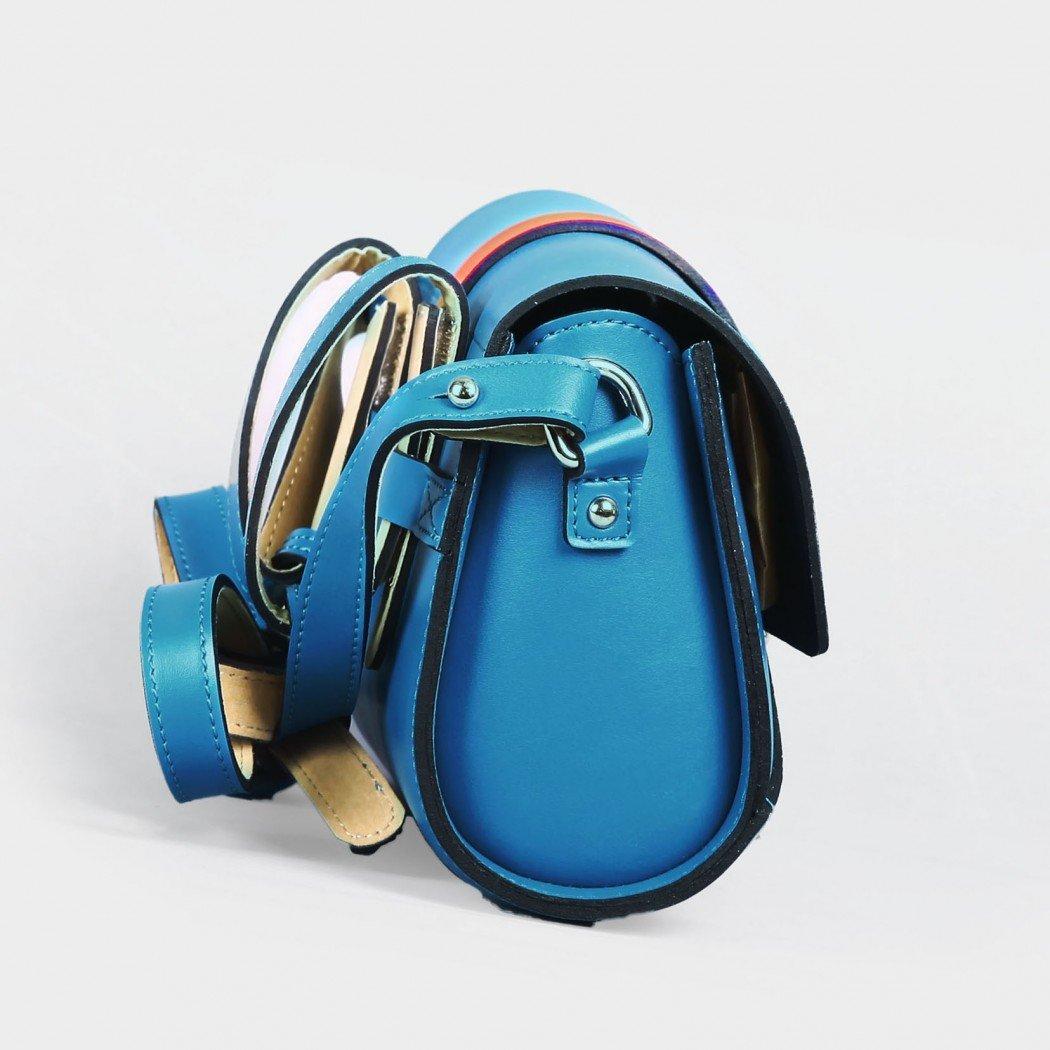 harpy_turquoise-blue4-1050×1050