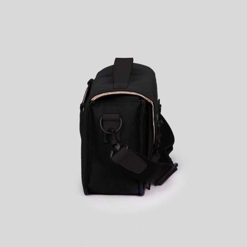 Hydra-Marine-Black4-1050×1050